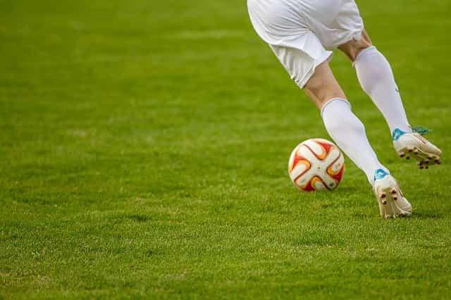 Fußballer und Yoga